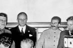 Związek Radziecki, naszym przyjacielem jest …  Może zacznijmy od tego, że w Norymberdze sowieccy zbrodniarze oskarżali nazistowskich zbrodniarzy. Skoro Niemcy żartują, że nazizm nie ma swojej nacji i przekonali […]