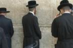 Pogrubienia moje. Reszta Boga. 12 Nie ma już różnicy między Żydem a Grekiem. Jeden jest bowiem Pan wszystkich. On to rozdziela swe bogactwa wszystkim, którzy Go wzywają. 13 Albowiem każdy, […]