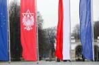 Niestrudzony w deklaracjach poparcia i pomocy w dziele odbudowy Polin, prezydent Duda balansuje na cienkiej granicy pomiędzy polską a żydowską racją stanu. Nie po raz pierwszy, i obawiam się, że […]