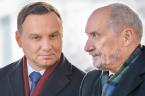 """Szanowni Państwo.  Obserwując ostatnie, przerażające wpadki wizerunkowe rządu Jarosława Kaczyńskiego nie mam już żadnych wątpliwości. To początek końca """"Dobrej Zmiany"""". Spalono już bowiem za dużo mostów między liderami koalicji, […]"""