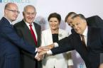 W normalnych warunkach to wydarzenie byłoby sensacją tygodnia. W środę, 19.07.2017, odbyło się w Budapeszcie spotkanie szefów rządów Grupy Wyszehradzkiej i premiera Izraela, Benjamina Netanjahu. Portal Niezalezna.pl tak o tym […]