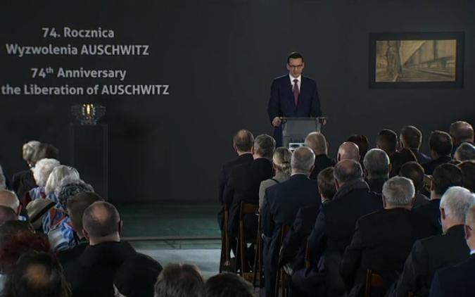 Świat dzisiaj wstrzymał oddech. Wszyscy z niedowierzaniem wysłuchali, tego co powiedział polityk z Polski w kolejną rocznicę wyzwolenia niemieckiego nazistowskiego obozu koncentracyjnego KL Auschwitz. Po 74 latach sensacyjna prawda wyszła […]