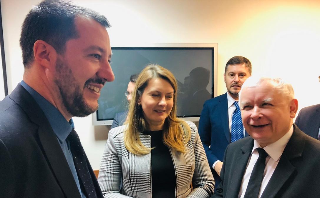 Matteo Salvini, włoski wicepremier, minister spraw wewnętrznych oraz przewodniczący La Liga [dawniej Liga Północna], ugrupowania które wspólnie z Ruchem Pięciu Gwiazd tworzy koalicję rządową we Włoszech, bawił wczoraj [9.01.2019] z […]