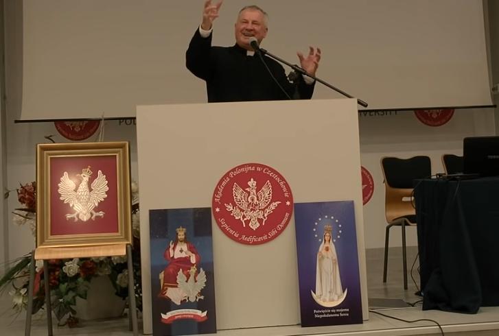 """Jak zauważył ks. prof. Tadeusz Guz, obecnie, """"na tym etapie dziejów świata, możemy powiedzieć, że tylko wiara rzymskokatolicka, tylko wiara katolicka jest wiarą objawioną. A zatem tylko religia katolicka jest […]"""