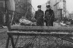 """Przekaz o tym, że w czasie II Wojny Światowej Polacy mordowali Żydów, którzy dzielnie walczyli z """"polskim reżimem"""" oraz to, że Polska jest winna jakieś odszkodowania – przekaz ów poszedł […]"""