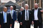 """Głównym darczyńcą jest Ronald S. Lauder, przewodniczący Światowego Kongresu Żydów,syjonistycznej organizacji popieranej przez Izrael. Lauder jest zwolennikiem ponownego masowego osiedlenia się Żydów w Polsce i """"odrodzenia kultury żydowskiej"""". W ramach […]"""