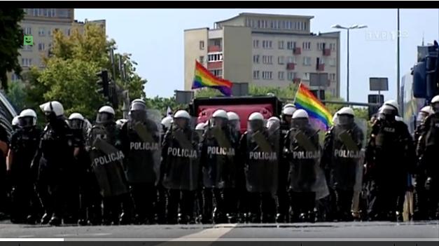 Parada w Białymstoku, źródło Wiadomości TVP