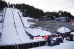 Miał on miejsce wczoraj [12.03.2020] w Trondheim w Norwegii. Jeszcze wczesnym popołudniem wydawało się, że odbędzie się przynajmniej jedna seria konkursu skoków z cyklu Raw Air w tym mieście. Jednak […]
