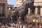 """""""Obawiam się Greków, nawet gdy niosą dary"""" (Timeo Danaos et dona ferentes)… dziś, gdy igrzyska wyborcze w Polsce sięgają apogeum fraza zawarta przez rzymskiego poetę Wergiliusza w Eneidzie jako wypowiedź […]"""