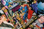 """Na antypodach naszej cywilizacji, a konkretnie u samego """"źródła"""", gdzie wybija główny ściek, rodzą się potworki wzorowane na starych bohaterach popkultury. Jednym z nich jest Superman, znanywcześniej jako superbohater. Kilka […]"""