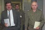 Jeżeli dziennikarz śledczy Wojciech Sumliński ma rację, to Bronisław Komorowski zamiast stanąć do I tury wyborów prezydenckich powinien stanąć przed sądem. Czy prezydent Komorowski jest przestępcą? W moim głębokim przekonaniu, […]