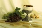 Myśl dnia Kto spożywa ciało Moje i krew Moją pije, ma życie wieczne. Ewangelia wg św. Jana 6, 54 Za każdym razem, kiedy zasiadamy uroczyście do stołu, by wspólnie świętować, […]
