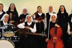 Siostra Cristina była tylko jedna. Ich jest jedenaście …. Zobacz, co się dzieje, kiedy jedenaście sióstr zakonnych łączy swoje głosy w jednej, energetycznej piosence. Za chwilę usłyszysz odpowiedź na to, […]