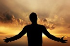 Myśl dnia Miłość polega na gotowości złożenia ofiary, także z własnego życia. Każdy, kto znosi jakiekolwiek cierpienie tutaj na ziemi, gdy ofiaruje je Jezusowi, staje się świadkiem Jego miłości i […]