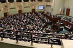 fot. Krzysztof Białoskórski PO-PSL – to ta koalicja pod osłoną nocy z 15/16 stycznia przeforsowała ustawę o likwidacji czterech kopalń wchodzących w skład Kompanii Węglowej. Za głosowało 240 posłów. Przeciw […]