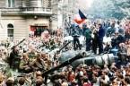 """""""Praska wiosna"""" to był fenomen w bloku komunistycznym. Czeska partia komunistyczna, choć nic jej do tego nie zmuszało zainicjowała i przeprowadzała demontaż systemu który wspólnie z sowietami stworzyła 20 lat […]"""