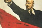 Lenin został powołany prze sąd partyjny. Stawił się spokojny, beztroski, tylko w źrenicach jego zapalały się szydercze ogniki. Na zapytanie, czy miał zamiar wzbudzić w szerokich kołach robotniczych nieufność do […]