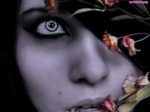 oko-wampir-kobieta
