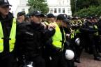 Ruch Narodowy zapowiada na dzisiaj kolejną manifestacje tym razem pod siedzibą ministerstwa spraw wewnętrznych, poniżej kilka filmików z wczorajszej manifestacji która z pod KPRM przeniosła się pod sejm.