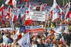 Radio Maryja Warszawa, 21 kwietnia br., Marsz w obronie Telewizji Trwam W południe na Placu Zamkowym w Warszawie rozpocznie się manifestacja w obronie TV Trwam. Spotkanie będzie miało charakter rodzinnej […]